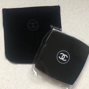 NWT Chanel Makeup Mirror Duo